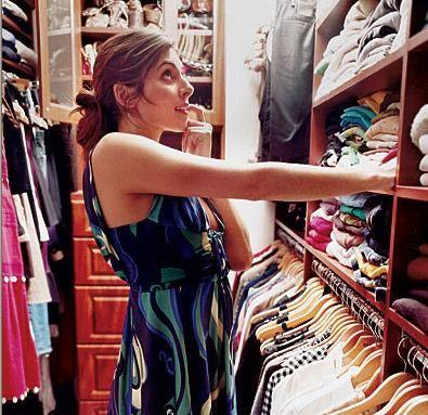 JAMIE LYNN SIGLER Genç yıldızın giyinme odasında çeşit çeşit günlük ve gece elbiselerinin yanısıra 75 çift de ayakkabı bulunuyor